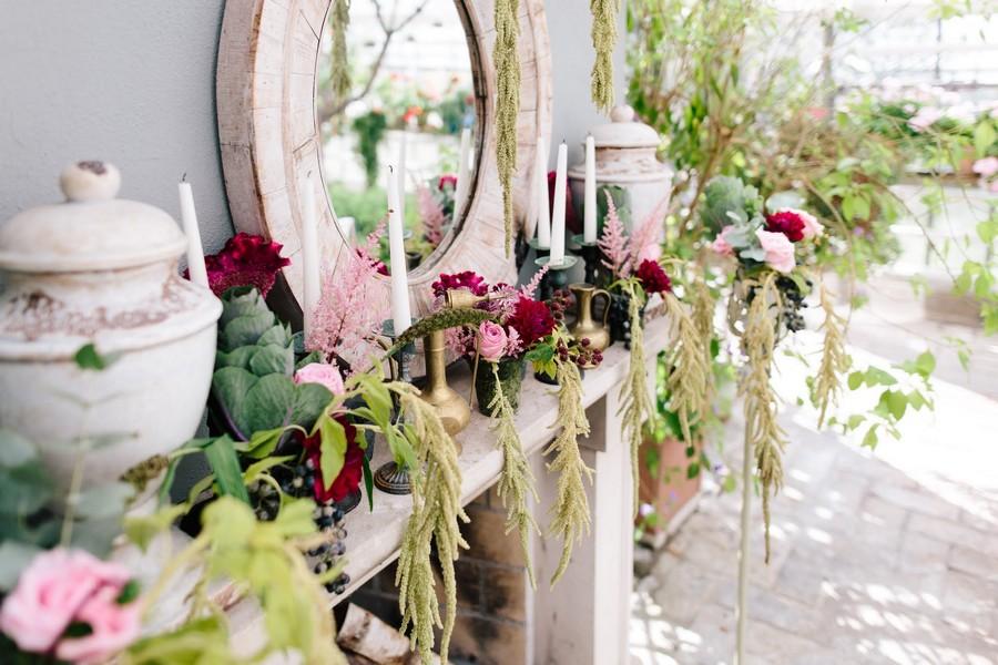 Natürliche Vintage-Delo für eine Hochzeit in der Alten Gärtnerei, München