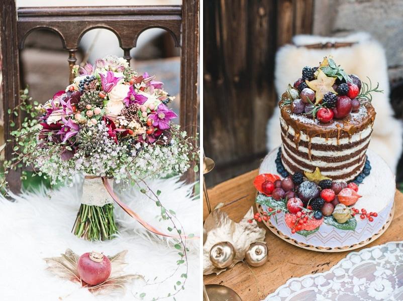 Inspiration für eine Hochzeit im Herbst oder Winter - hier Brautstrauß und naked cake mit Beeren.
