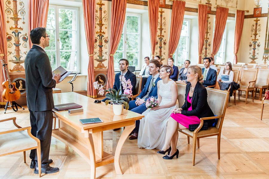 Heiraten im Standesamt Ismaning im Schloss