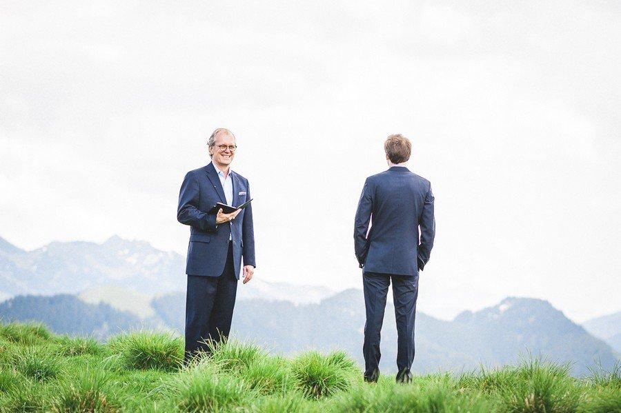elopement-alm-tegernsee-alpen-natur-freie-trauung-hochzeit-berg-19