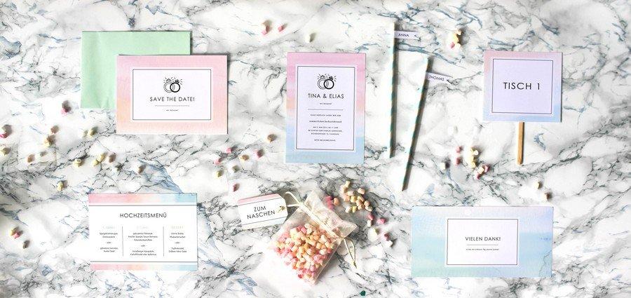 Papeterieset für eure Hochzeit im modernen Stil in Rosa und Hellblau