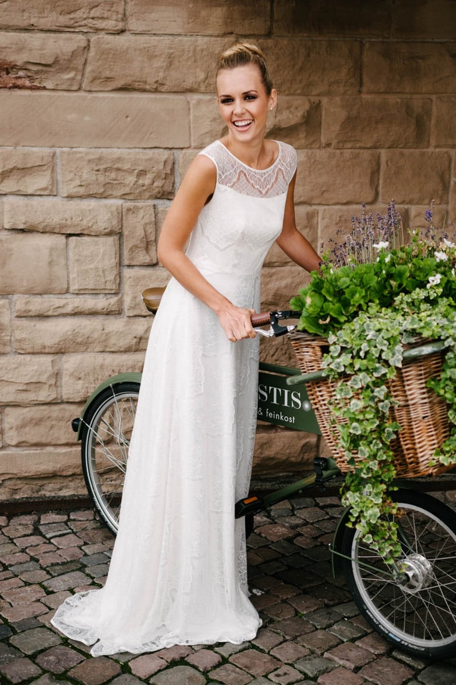 Brautkleid Nanette von Küssdiebraut